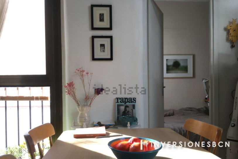 Penthouse in Sant Pere, on Rec street